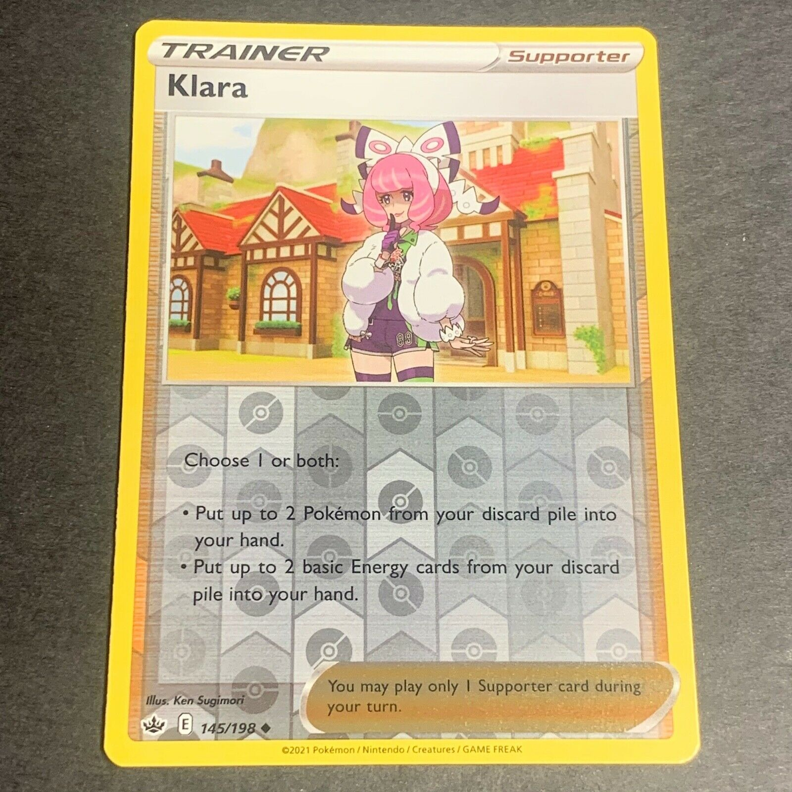 Pokemon S&S Chilling Reign Set REVERSE HOLO (Un.) Klara 145/198 - Near Mint (NM)